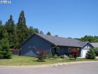 329 Merritt St, Glendale, OR 97442