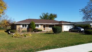 8030 W 91st St, Hickory Hills, IL 60457