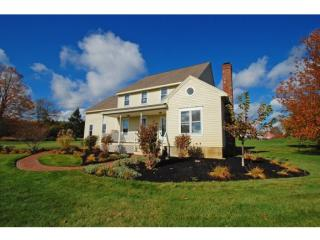 1 Bartlett Road, Stratham NH