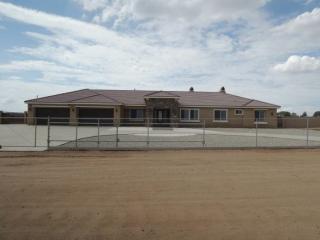 13829 El Centro Rd, Oak Hills, CA 92344