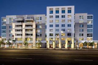 1360 S Figueroa St, Los Angeles, CA 90015
