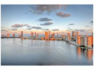 2600 Island Boulevard, Aventura FL