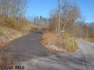 On Wildflower Ln #2, Spring Mills, PA 16875