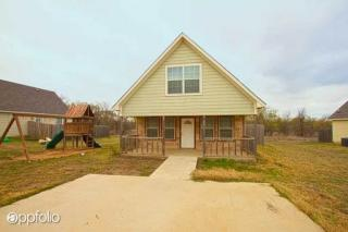 10920 Shady Oaks Dr, Runaway Bay, TX 76426