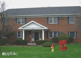 1040 W Western Reserve Rd, Poland, OH 44514