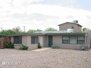 610 E Waverly St, Tucson, AZ 85705