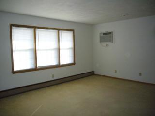 1018 Lincoln Rd #11, Bettendorf, IA 52722
