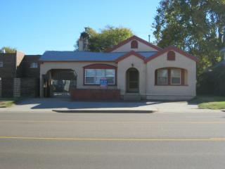 522 W 3rd St, Elk City, OK 73644