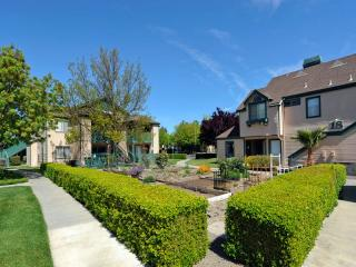 1089 Bluebell Dr, Livermore, CA 94551