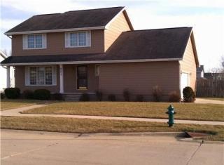 621 Huntington Ridge Rd NE, Cedar Rapids, IA 52402