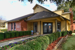 2405 S 13th St, Temple, TX 76504
