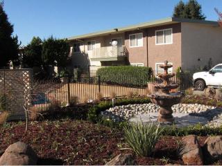 22281 Center St, Castro Valley, CA 94546