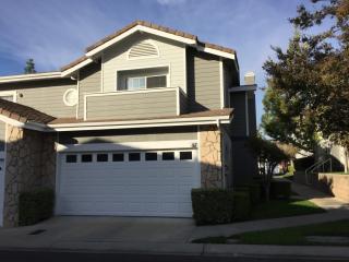 117 Autumn Oaks Ln, Glendora, CA 91741