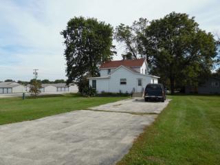 200 W Lincoln Hwy, Cortland, IL 60112