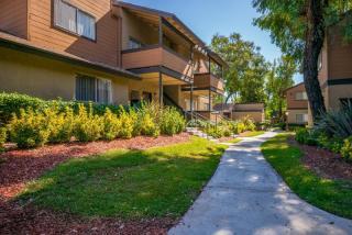2011 Arden Ave, Highland, CA 92346