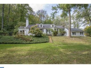 320 Malin Rd, Newtown Square, PA 19073