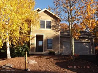 148 Pine Ct, Tannersville, PA 18372
