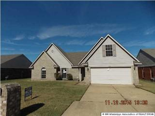 2284 Pappy Cv, Horn Lake, MS 38637