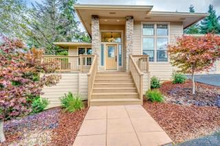 513 Ocean View Lane, Lincoln City OR