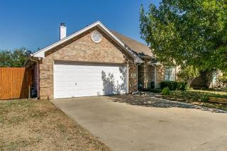 212 Willow Street, Crowley TX