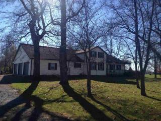 1090 E State Road 120, Howe, IN 46746