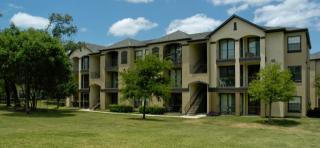 2201 S Lakeline Blvd, Cedar Park, TX 78613