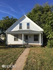 404 E 4th Ave, Hutchinson, KS 67501