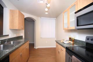 7725 W McDowell Rd, Phoenix, AZ 85035