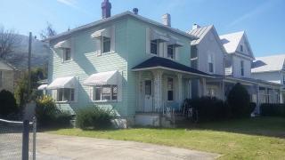 317 W Ridgeway St, Clifton Forge, VA 24422