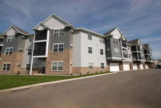 906 Cypress Rd, Saint Cloud, MN 56303
