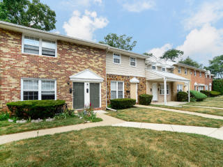 890 E Walnut Rd, Vineland, NJ 08360