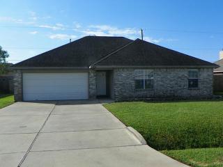 8714 Garrett St, Needville, TX 77461