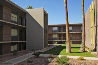 4902 E Thomas Rd, Phoenix, AZ 85018