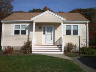 132 Crystal Water Dr, East Bridgewater, MA 02333