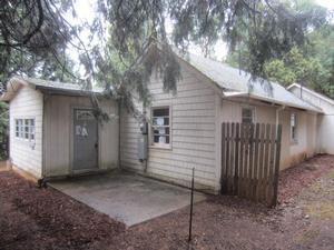 362 Humphrey Addition Rd, Glendale, OR 97442