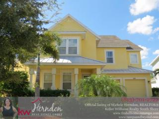 530 Manns Harbor Drive, Apollo Beach FL