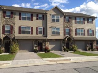 100-139 High Pointe Dr, Spring Grove, PA 17362