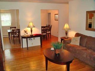 2 Stratford Apartments, Old Bridge, NJ 08857