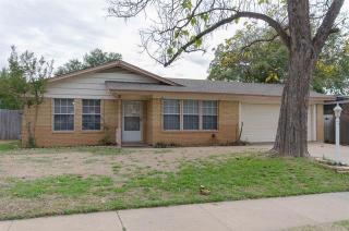 757 Willow St, Hurst, TX 76053