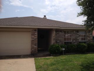 10421 Morning Dew St, Fort Worth, TX 76108