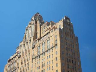 1512 Spruce St, Philadelphia, PA 19102