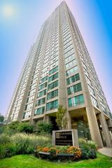 3450 N Lake Shore Dr, Chicago, IL 60657