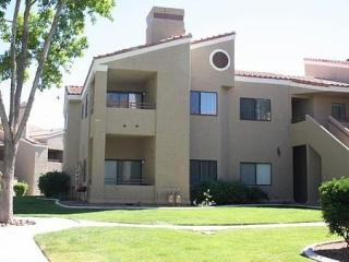 8440 Westcliff Dr, Las Vegas, NV 89145