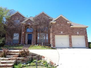 2709 Hillside Dr, Highland Village, TX 75077