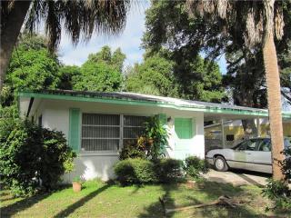 2829 Leon Avenue, Sarasota FL