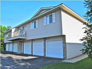 6043 Candace Ave, Inver Grove Heights, MN 55076