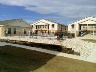 705 Tennis St, Kerrville, TX 78028