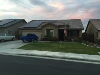 13208 Jackson Lake Dr, Bakersfield, CA 93314