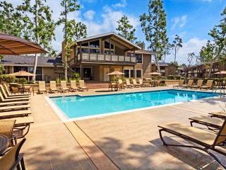 555 Paularino Ave, Costa Mesa, CA 92626