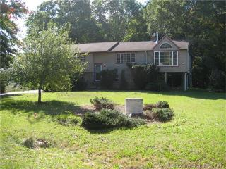 145 Green Meadow Dr, Westbrook, CT 06498